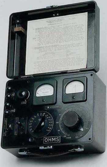 A PORTABLE LOW RESISTANCE OHMMETER